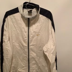 Nike athletic Windbreaker Nylon Jacket Large